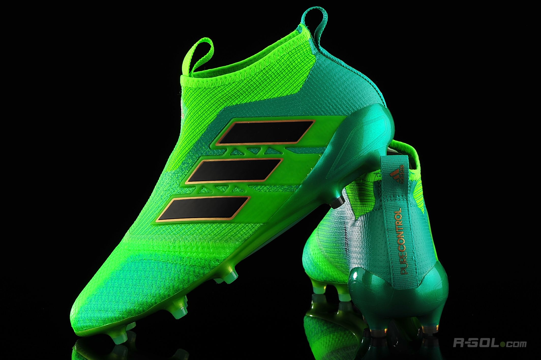 premium selection 9fb3d 8d414 Details about adidas Men's ACE 17+ PURECONTROL FG Soccer Green Cleats  Football Boots RRP £250