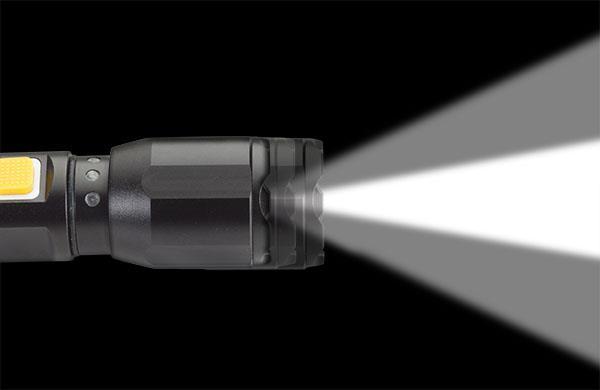Cat Ct2400 Focusing Tactical Light