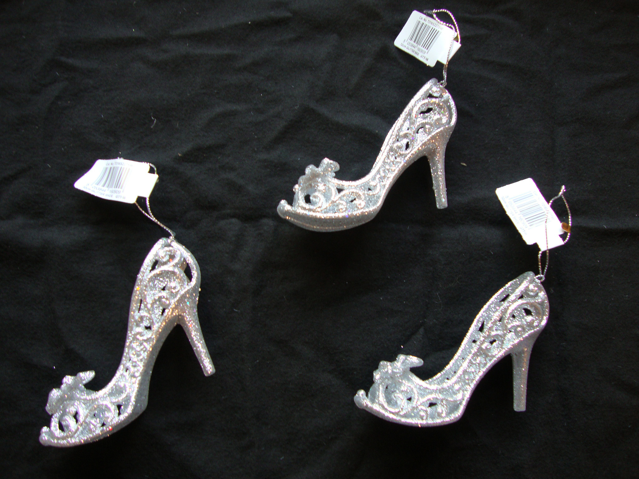 Ann Shoe Decorations. These beautiful grey, silver and diamante shoe clips are a must have in every fashionistas' wardrobe.. £