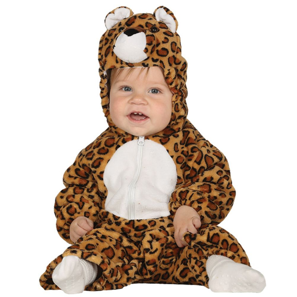 This playful, two-piece design boasts tons of jungle-inspired flair and makes dressing up as a baby leopard all the more whimsical. Plus, the ultra-comfy fabric will feel soft and breathable on their skin.