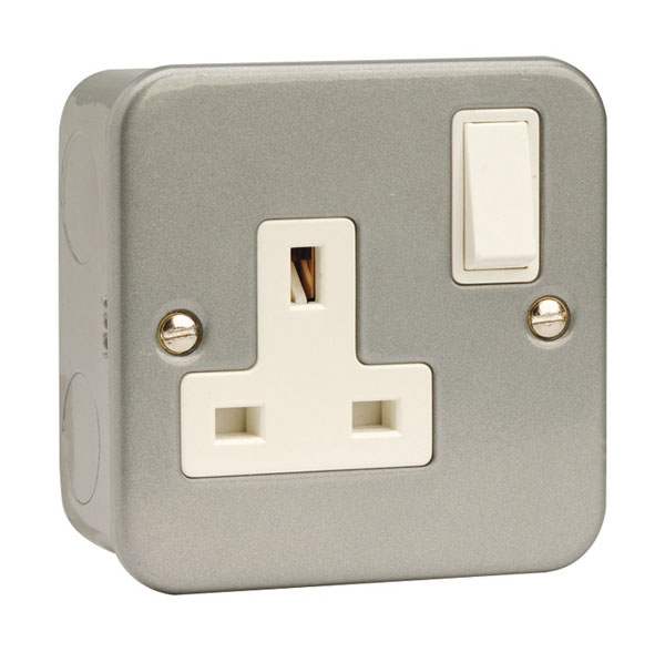 Click 1 Gang 13A DP Metal Clad Switched Socket Outlet