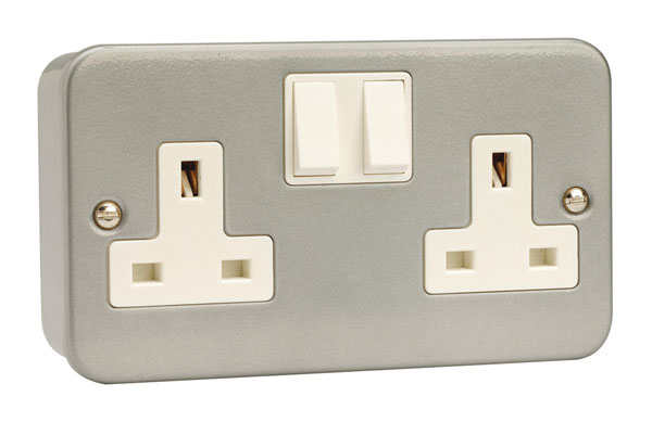 Click 2 Gang 13A DP Switched Socket Outlet Metal Clad