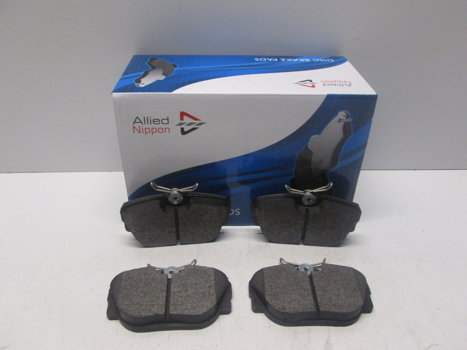 Land Rover Discovery MK2 2.5 Td5 Genuine Allied Nippon Rear Brake Pads Set