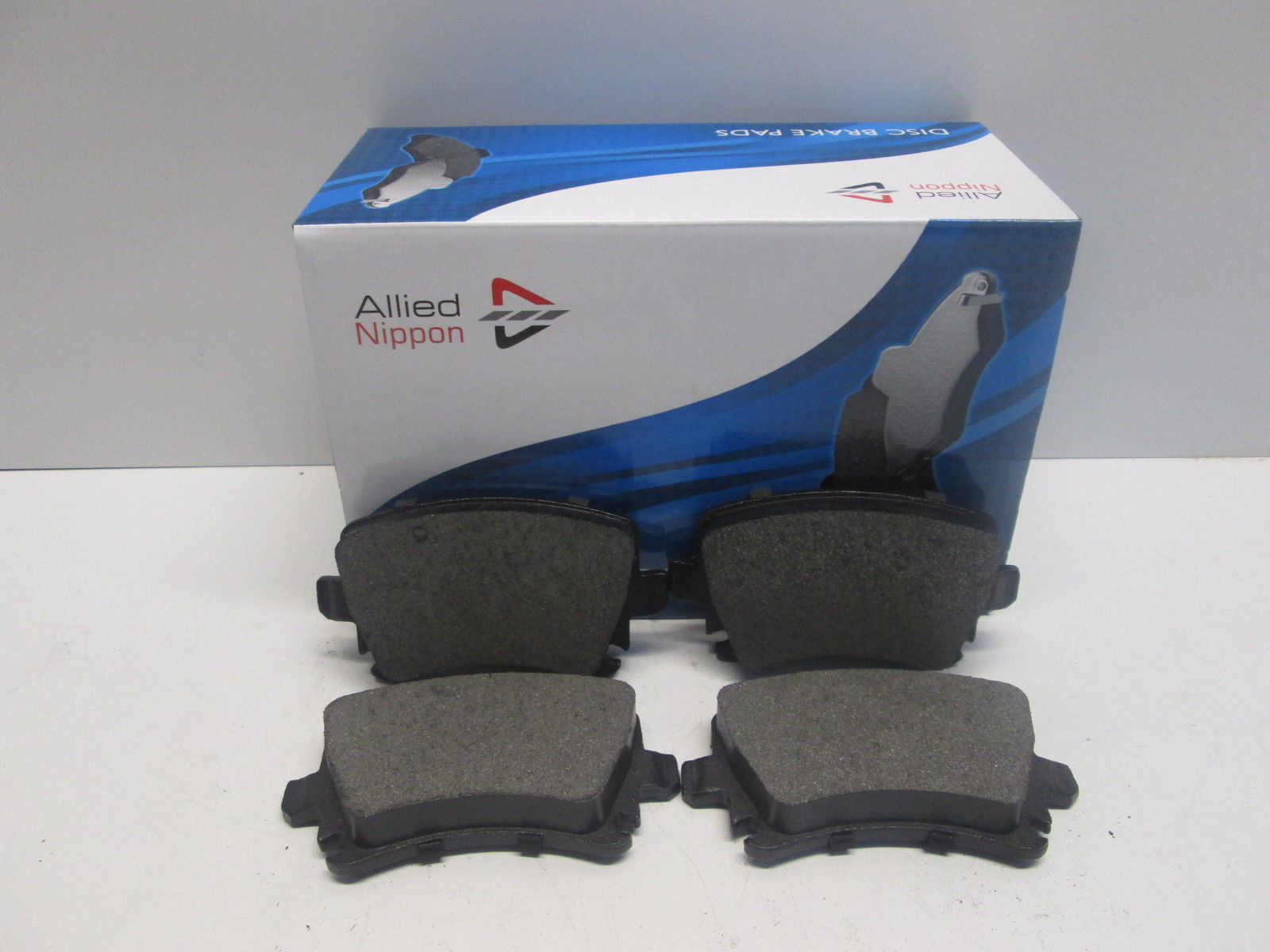 REAR BRAKE PADS FIT VAUXHALL INSIGNIA SPORTS TOURER 2008-2016 1.4 1.6 1.8 TURBO