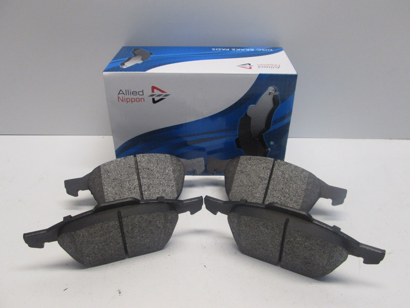FRONT  BRAKE PADS FOR FORD GENUINE OE BORG /& BECK  BBP2456