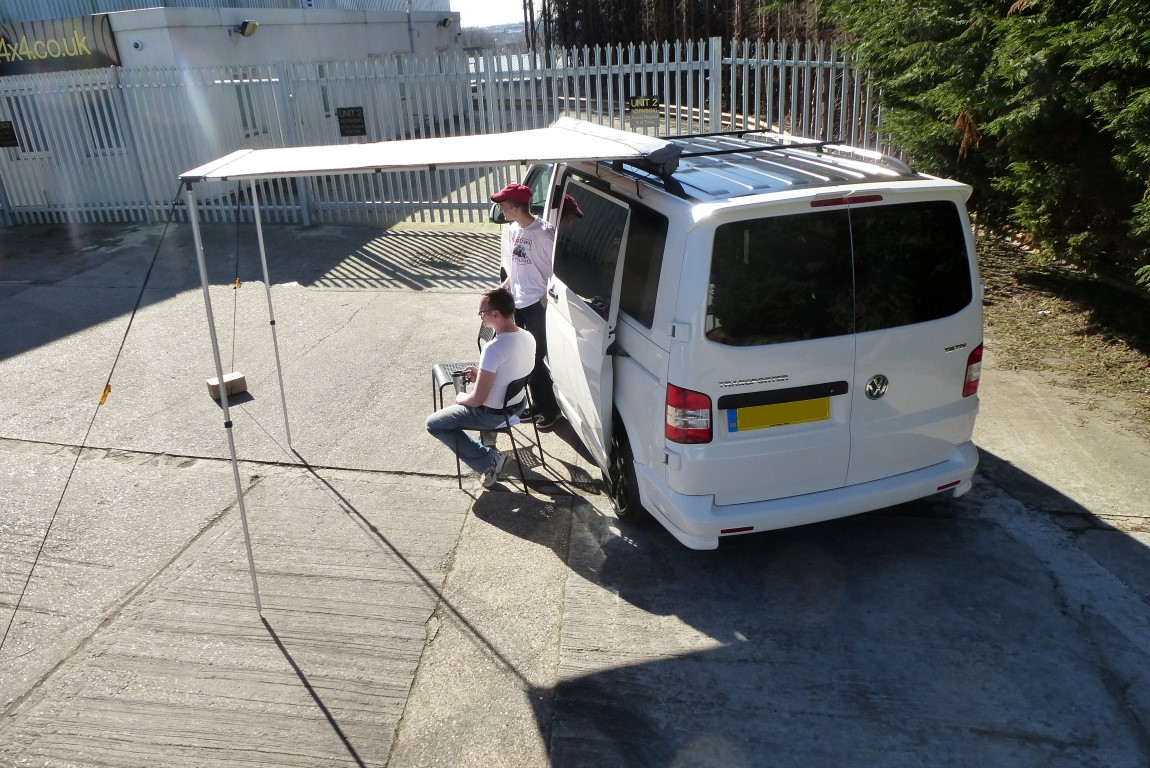 1.4 Metre Pull-out Awning For 4X4S Vans/Motor Homes Small ...