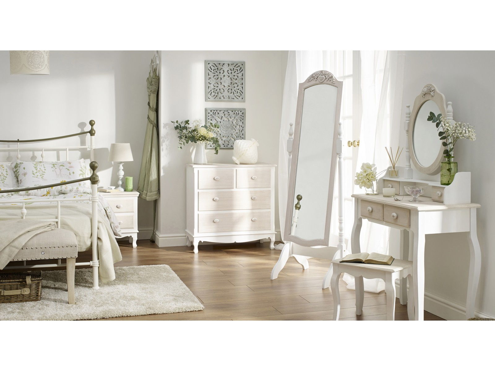 Juliette Shabby Chic Bedroom Furniture - Distressed Wood & White -  Assembled | eBay