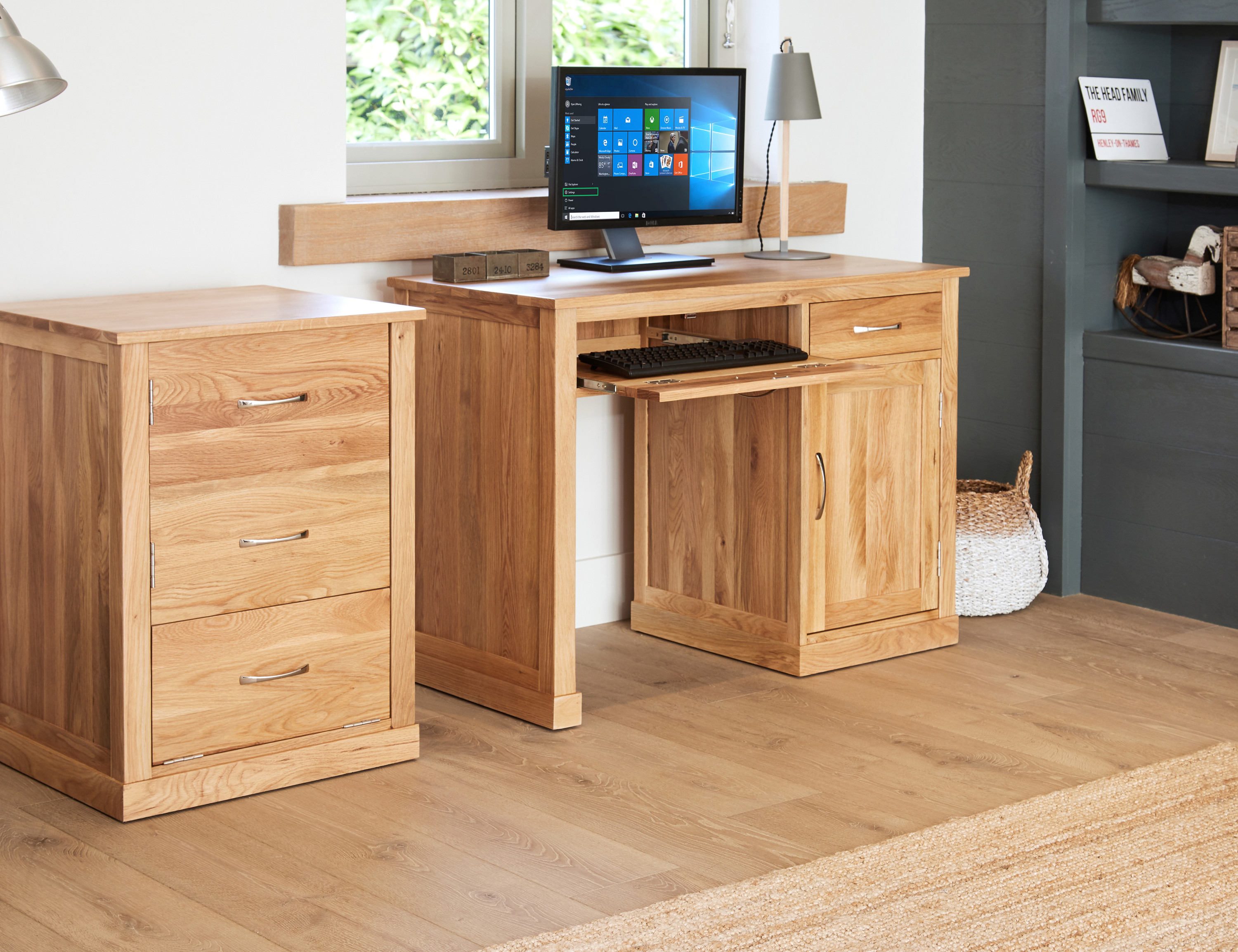 Baumhaus Mobel Oak Single Pedestal Computer Desk Solid Pc Workstation