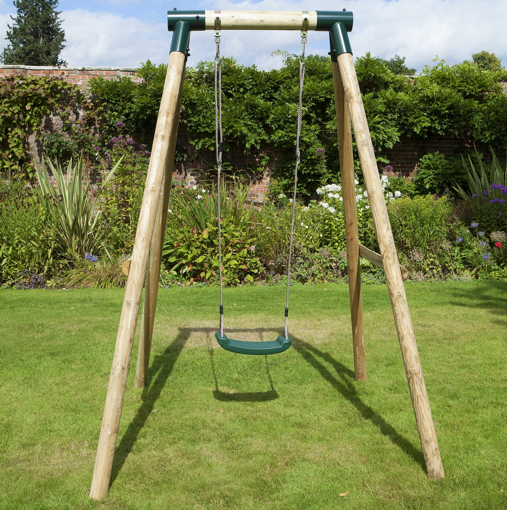 Rebo solar wooden garden swing set single swing for Building a wooden swing