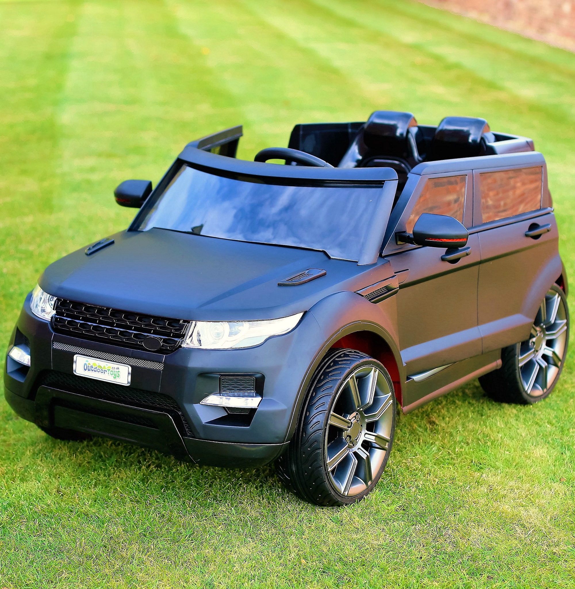 Maxi Range Rover HSE Sport Style 12v Electric Battery Ride