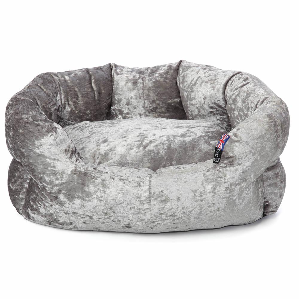 Bellagio-Crushed-Velvet-Dog-Bed-Soft-Washable-Fleece-Cushion-Warm-Luxury-Pet
