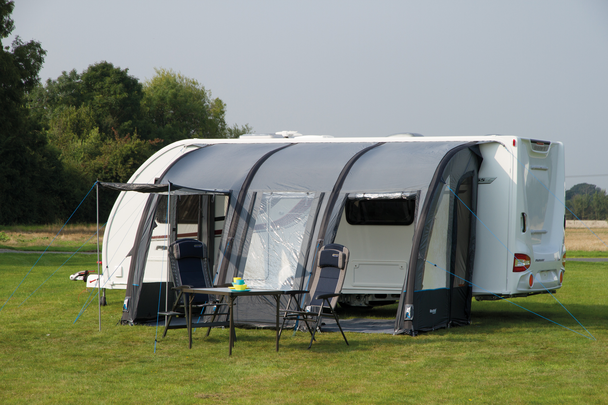 Westfield Outdoors by Quest Gemini Air 390 Inflatable ...