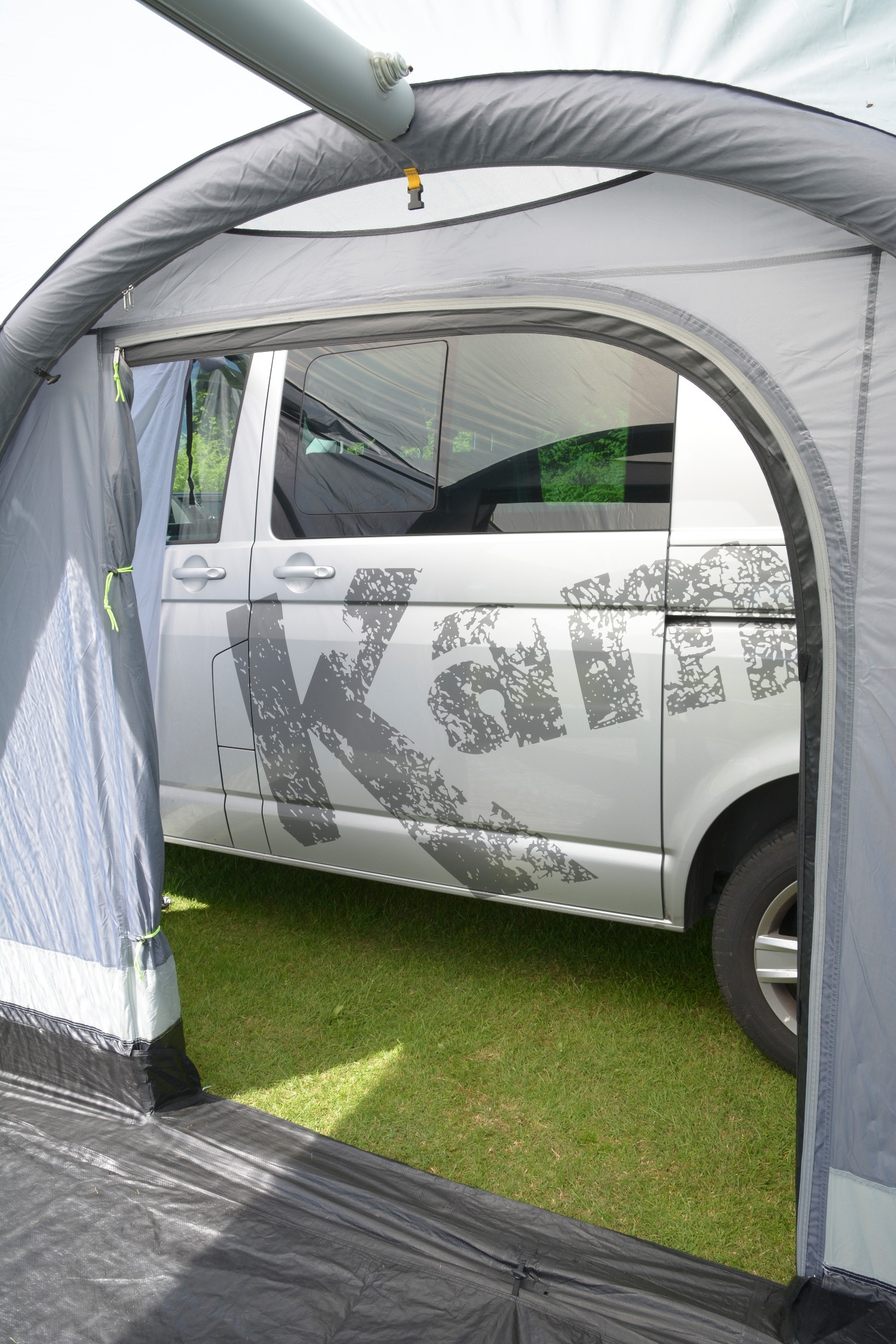 Kampa Travel Pod Action AIR VW Inflatable Driveaway ...