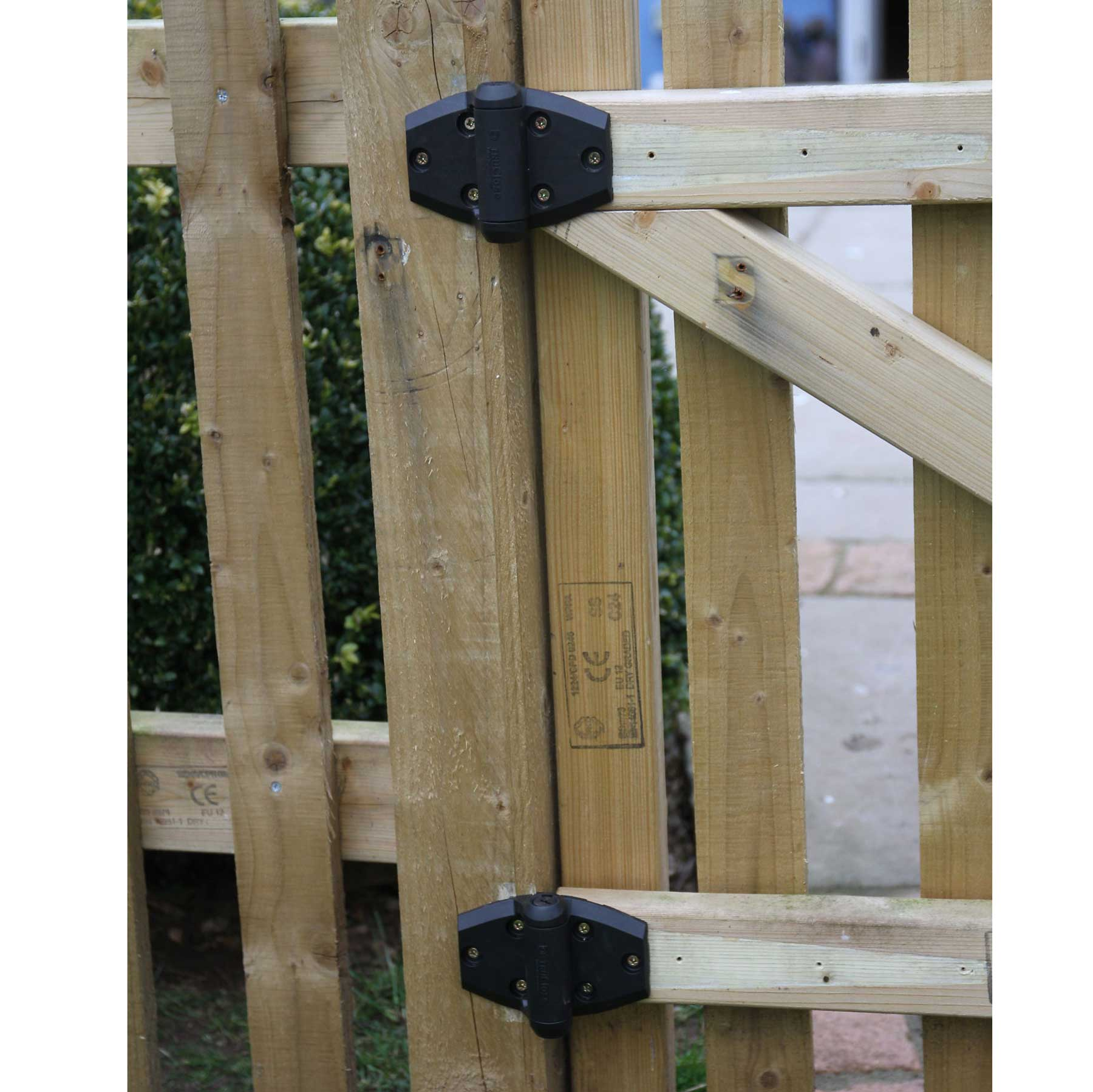 ... 2 X TruClose Self Closing Safety Gate Hinge For Wooden Garden Gates  Thumbnail 3