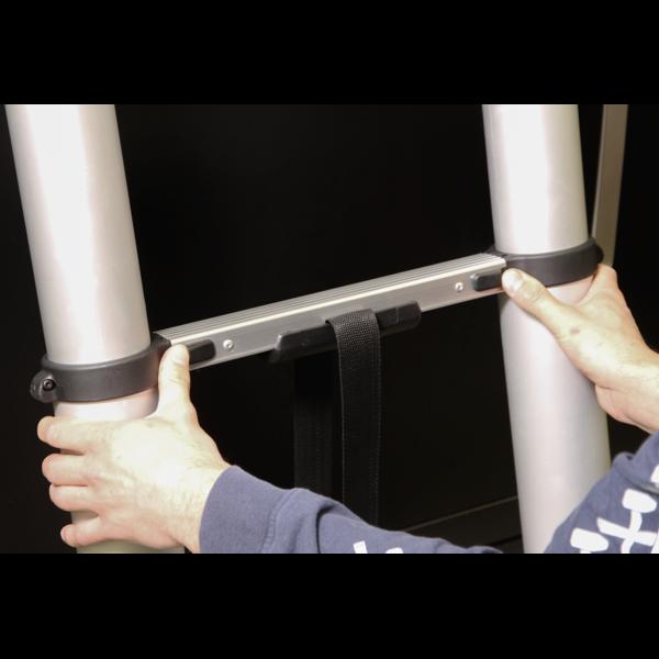 Sealey ATL11 Aluminium Telescopic Ladder 11-Tread EN 131 Thumbnail 3