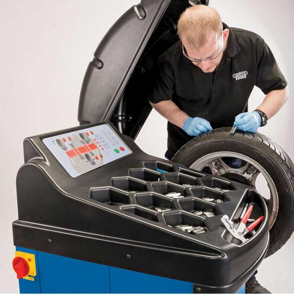 Draper 02152 Tyre Changer with Assist Arm and Wheel Balancer Kit Thumbnail 4