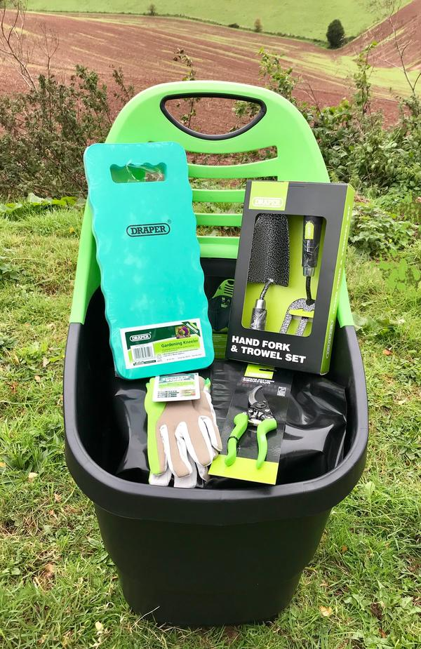 Draper Gardening Kit with Caddy,Hand Tools, Secateurs, Kneeler & Gloves XL Thumbnail 2
