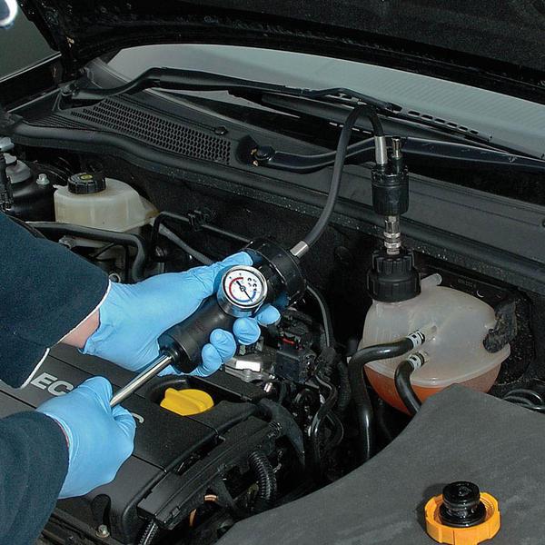 Draper 23420 RPT33 Expert 33 Piece Radiator and Cap Pressure Test Kit Thumbnail 2