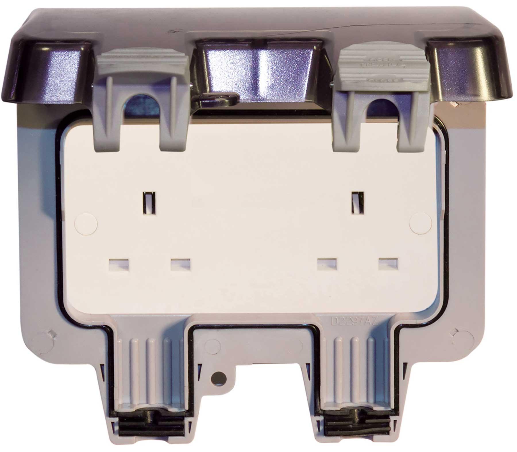 Bg Weatherproof Ip66 Outdoor Twin Power Socket 2 Gang Storm 13 Amp Wiring Accessories Thumbnail