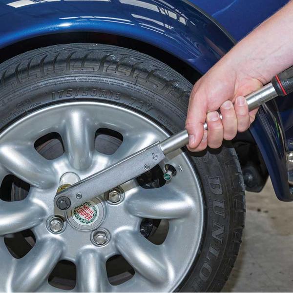 "Draper 83317 PTW Expert 1/2"" Square Drive 'Push Through' Torque Wrench 50-225Nm Thumbnail 3"