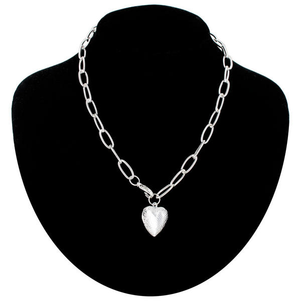 Necklace Silver Tone Chain Link Embossed Heart Locket