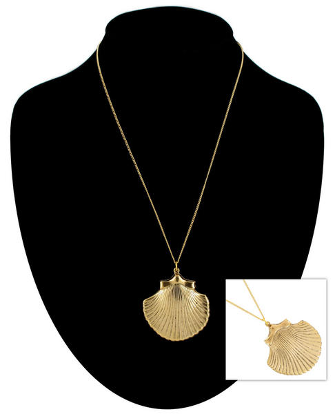 Ky & Co Gold Tone Chain Large Cockle Sea Shell Beach Nautical Pendant Necklace