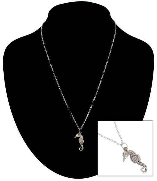Ky & Co Silver Tone Chain Sea Horse Nautical Beach Charm Pendant Necklace USA