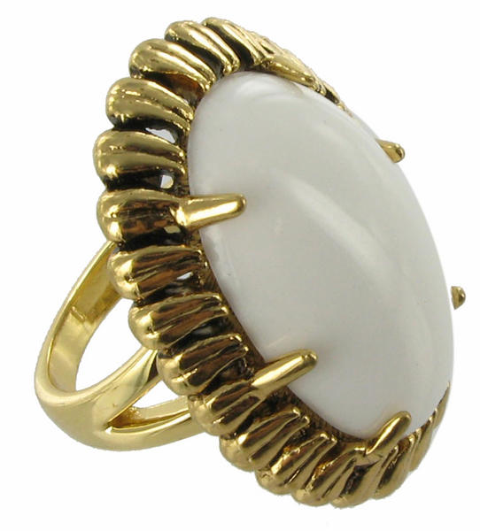 Ring Big Rings New Cabochon Lucite White Cocktail Sz 8